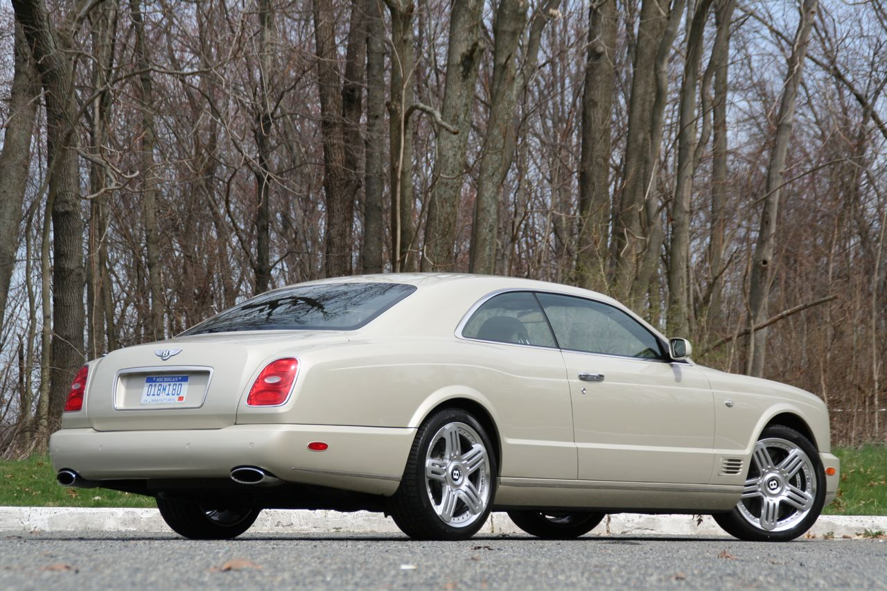 2009 Bentley Brooklands views