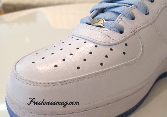 release date: bb774 07a9b Look for the LaDainian Tomlinson (LT) Nike 1World Air Force 1 to release  this coming September 1st 2008……Pic Freshnessmag