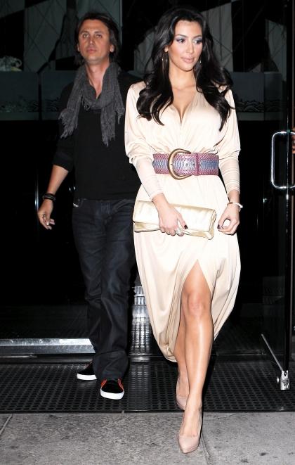 kim kardashian nude ass