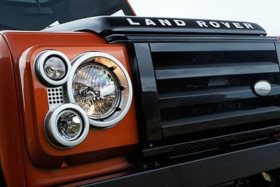 land-rover-defender-fire-ice-editions-00