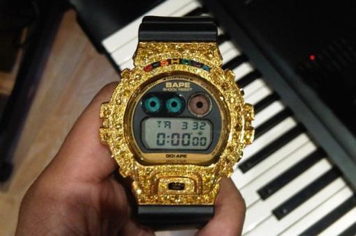 pharrell-custom-bape-casio-gshock-dw-6900[1]