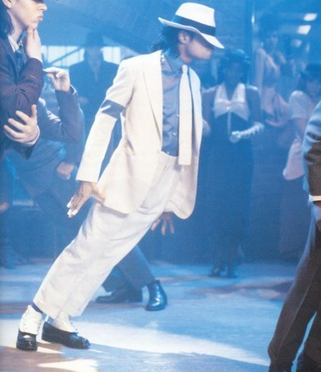michael-jackson-smooth-criminal-lean1